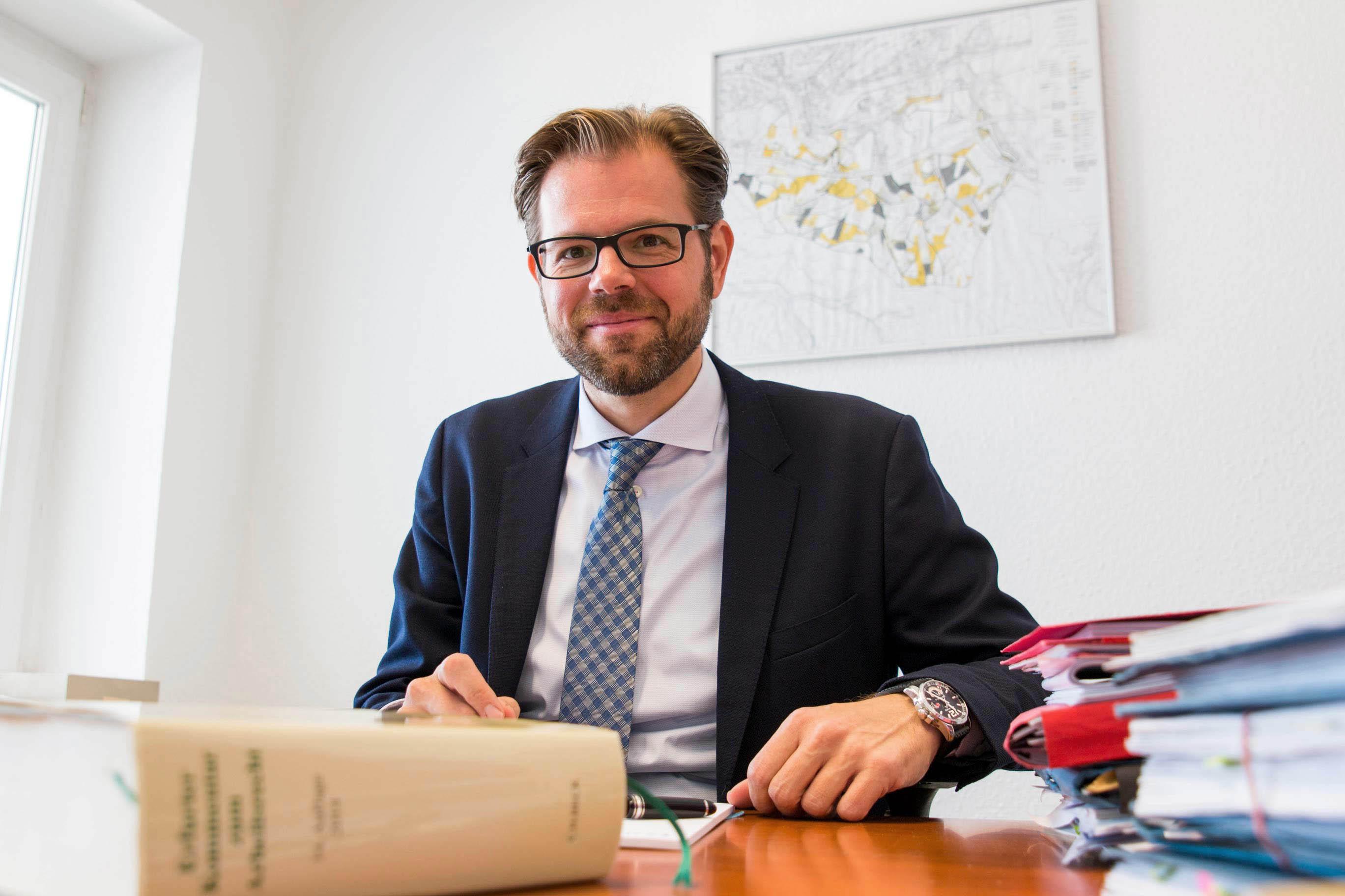Die-Rechtsanwaelte-Goettert-Siegen-Christoph-Bernshausen-Buero